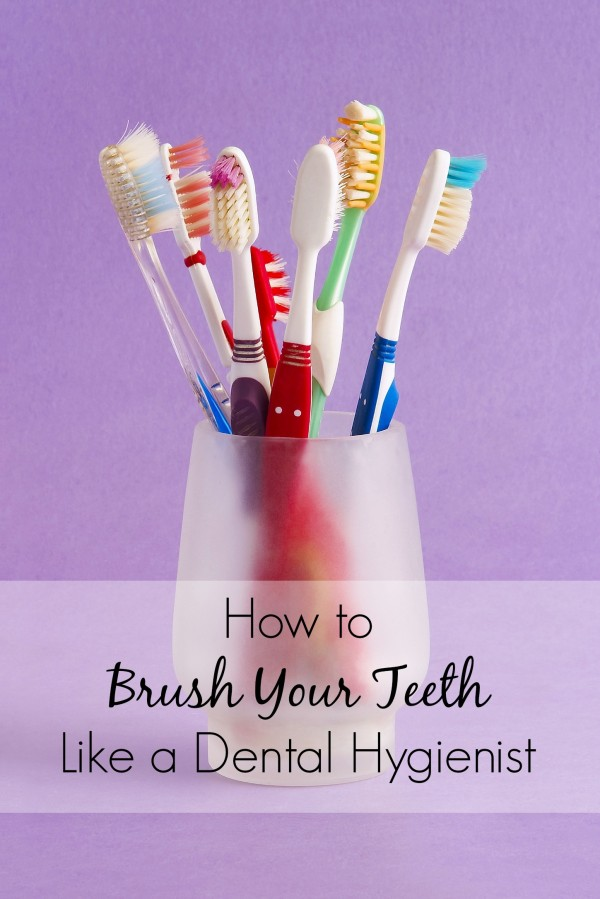 Start brushing your teeth like a dental hygienist with these five easy steps. Do them each day, and you'll ace your next dentist appointment. p.s. my hygienist friend told me about this routine! | life hacks |